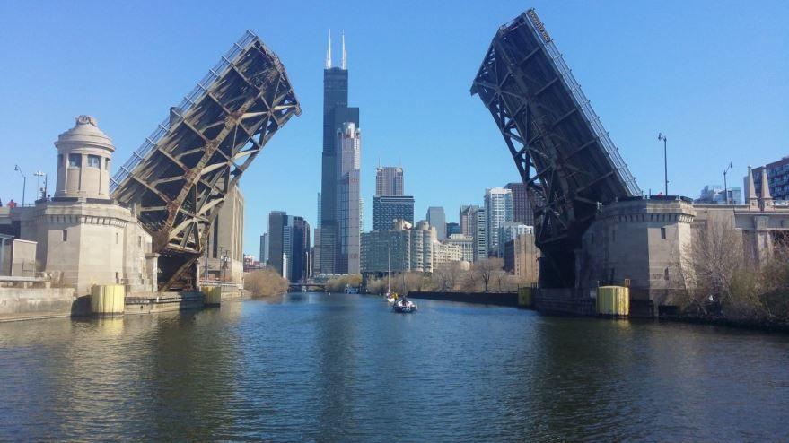 Скачать онлайн бесплатно лучшее фото города Чикаго 2019 в хорошем качестве