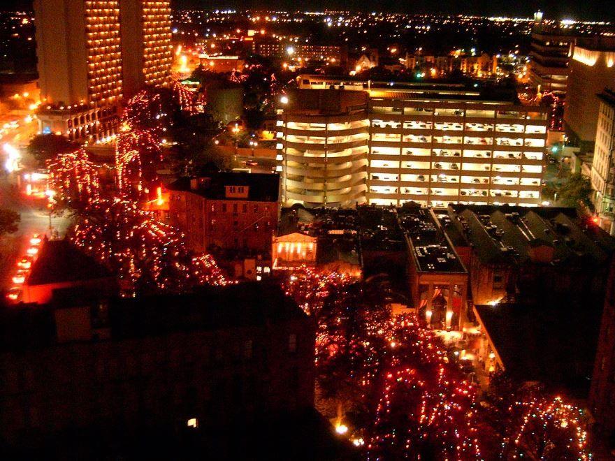 Центр города Сан Антонио перед Новым годом