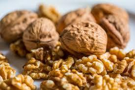 Фото домашних грецких орехов, обладающих пользой и вредом