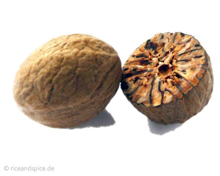 Скачать фото мускатного ореха, обладающего полезными свойствами
