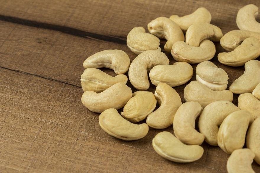 Смотреть фото ореха – кешью, несущего пользу и вред человеку