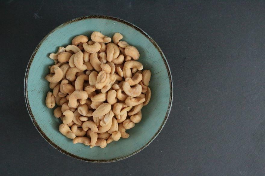 Фото ореха кешью, обладающего полезными свойствами