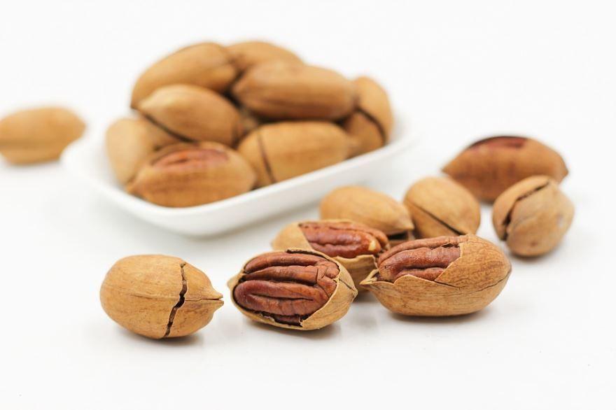 Смотреть фото ореха – пекан, несущего пользу и вред человеку