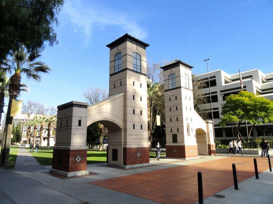 Скачать онлайн бесплатно лучшее фото города Сан Хосе штат Калифорния США в хорошем качестве