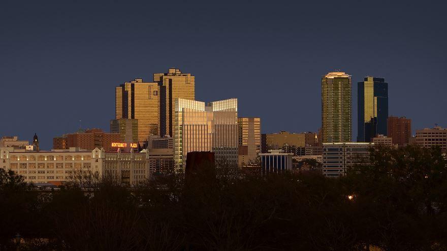 Скачать онлайн бесплатно лучшее фото города Форт Уэрт 2019 штат Техас в хорошем качестве