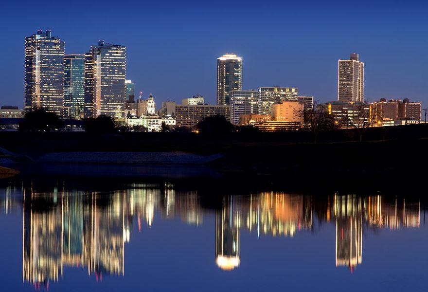 Скачать онлайн бесплатно лучшее фото города Форт Уэрт штат Техас в хорошем качестве