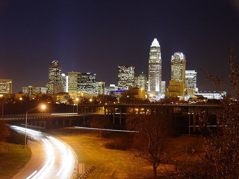 Скачать онлайн бесплатно лучшее фото города Шарлотт Северная Каролина в хорошем качестве