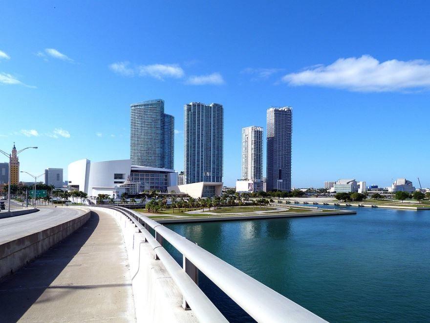 Набережная города Майами штат Флорида