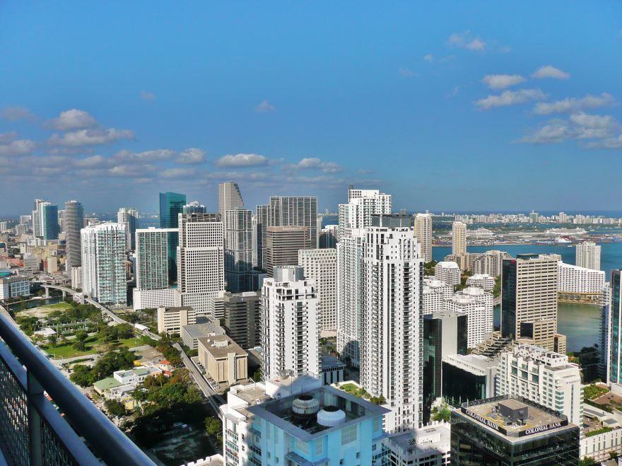 Смотреть красивое фото вид сверху город Майами 2019