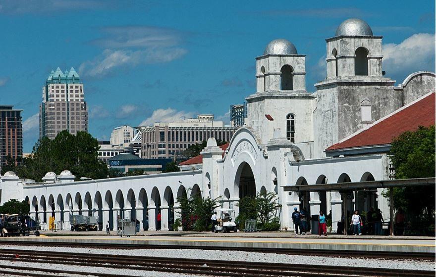 Железнодорожный вокзал город Орландо 2019