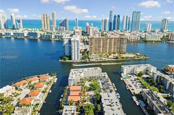 Смотреть лучшее фото город Майами Бич 2018
