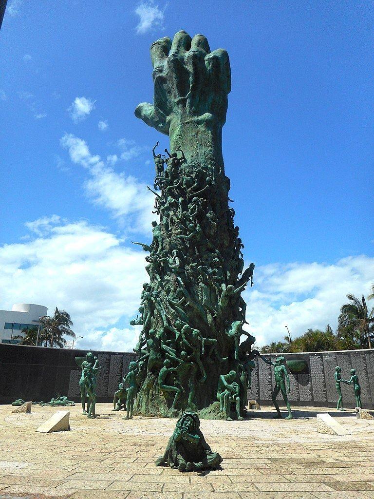 Мемориал Холокоста город Майами Бич