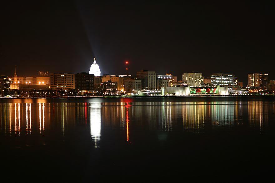 Скачать онлайн бесплатно лучшее фото город Мадисон в хорошем качестве