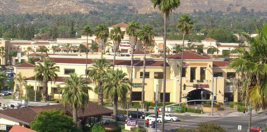 Смотреть красивое фото города Риверсайд штат Калифорния США