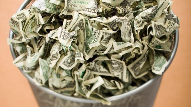 Деньги - мусор