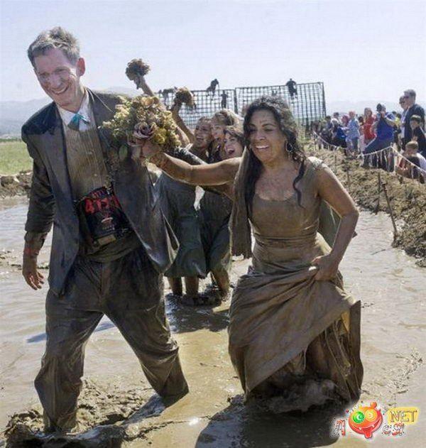Грязевой марафон на свадьбе