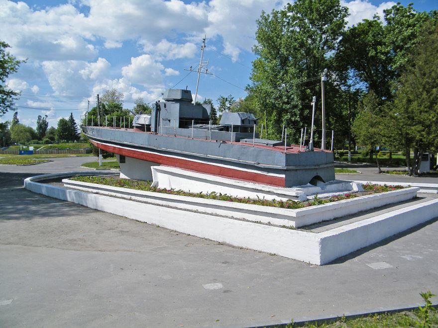 Памятник Пинскому десанту город Пинск