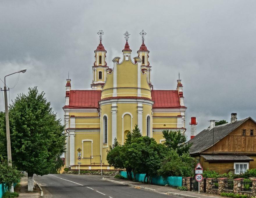 Троицкий костел город Брослав