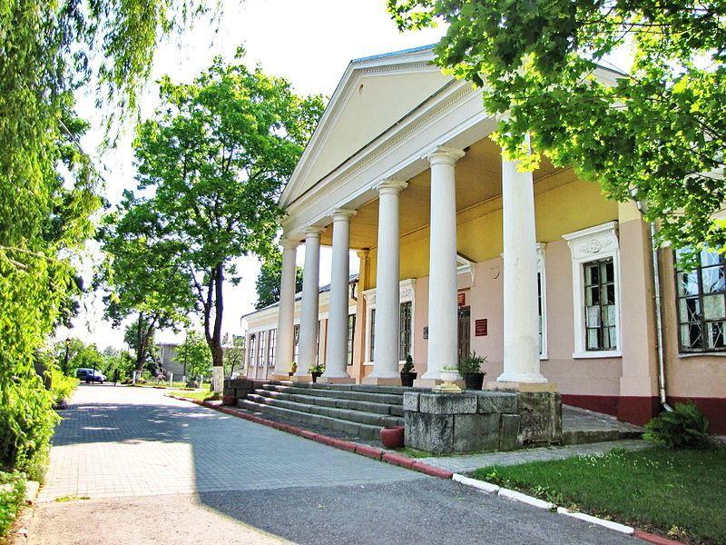 Здание бывшего дворца Тизенгауза город Поставы