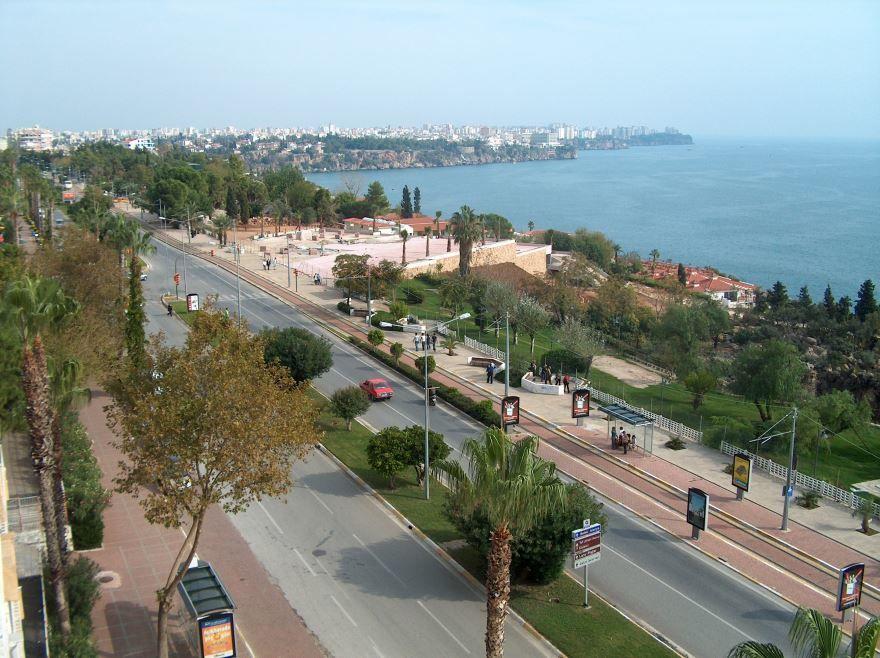 Скачать онлайн бесплатно лучшее фото город Анталия в хорошем качестве