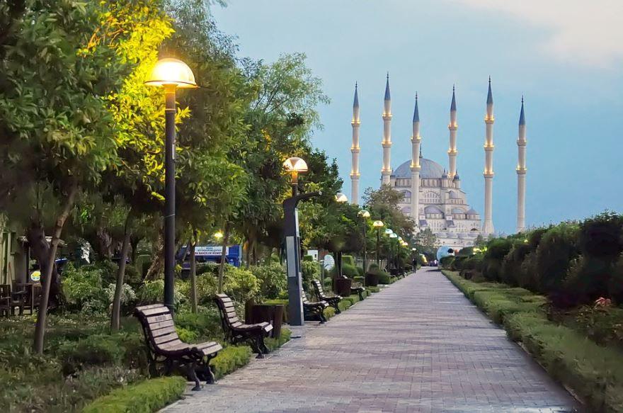 Фото город Адана Турция