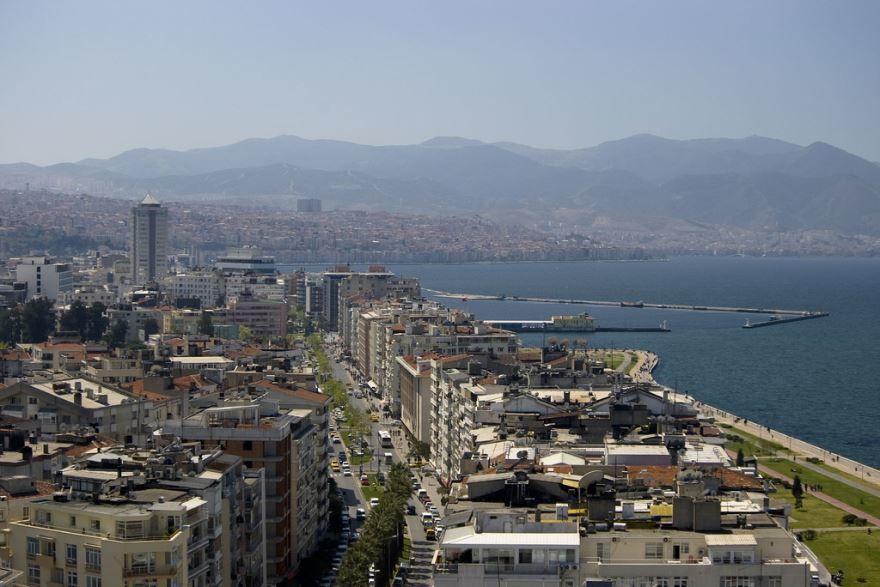 Город Измир 2019 Турция
