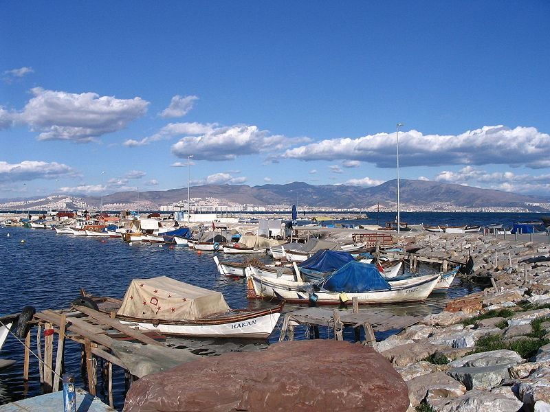 Гавань город Измир
