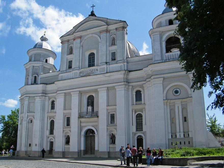 Собор Петра и Павла город Луцк