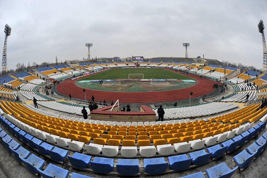 Стадион город Луганск сегодня