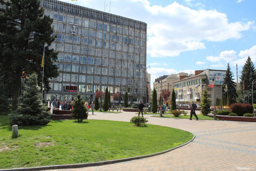 Скачать онлайн бесплатно лучшее фото города Винница день в хорошем качестве
