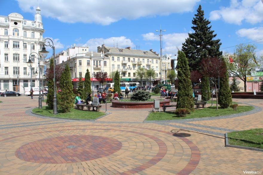 Площадь независимости город Винница