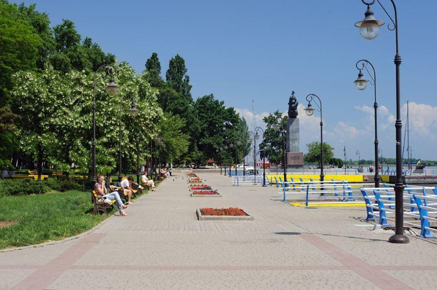 Смотреть красивое фото город Херсон Украина