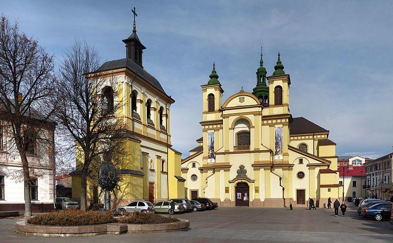 Коллегиальный костел город Ивано Франковск