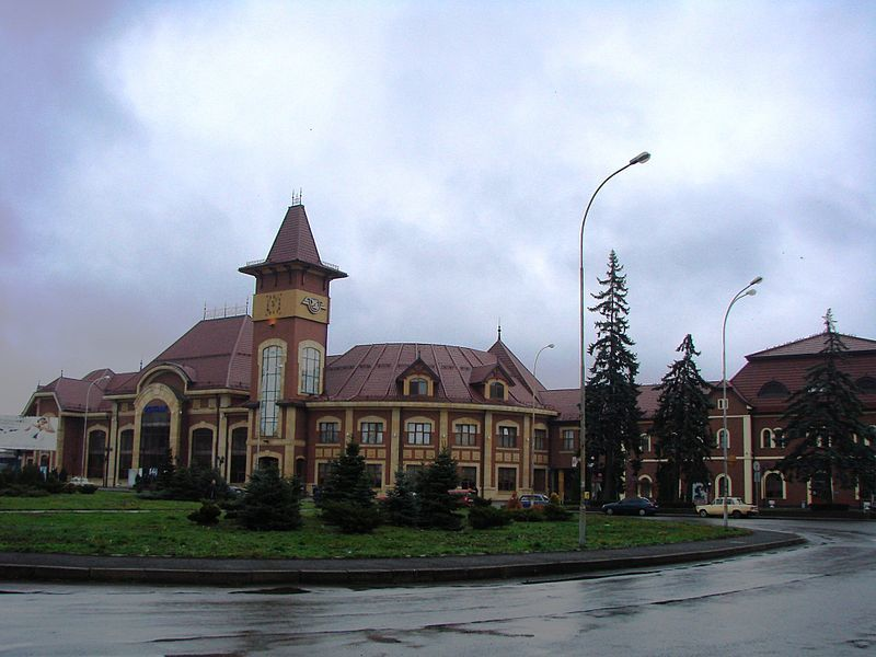 Железнодорожный вокзал город Ужгород 2019