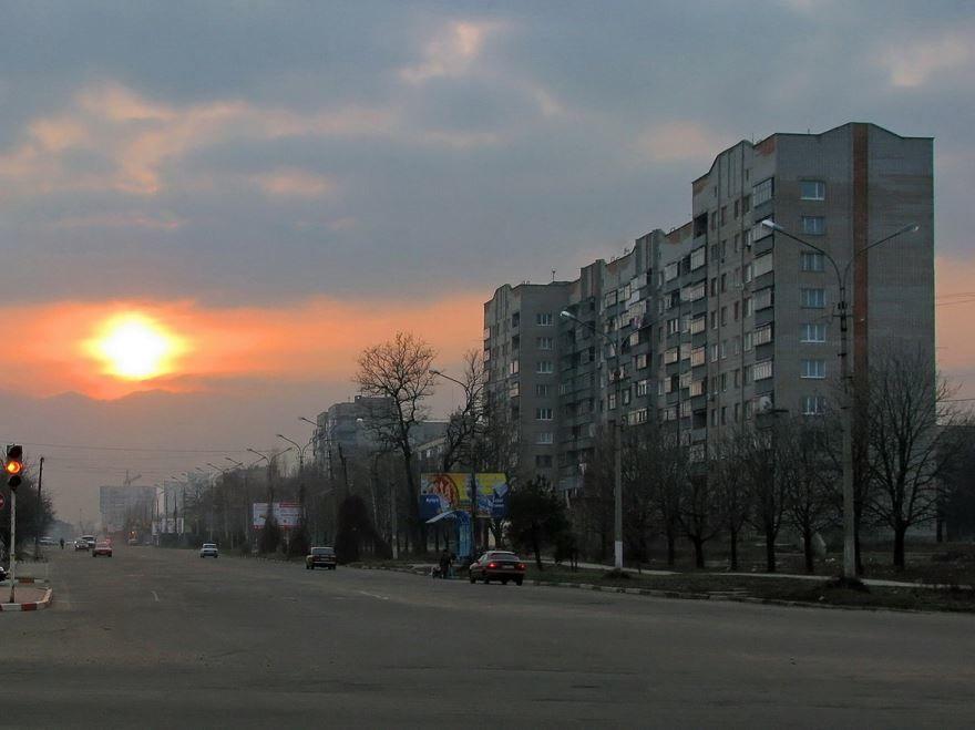 Скачать онлайн бесплатно лучшее фото города Никополь в хорошем качестве