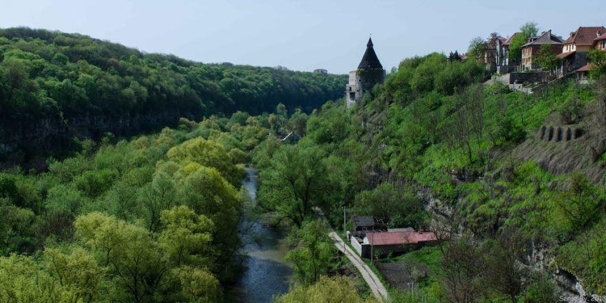 Смотреть красивое фото вид на город Каменец Подольский Украина