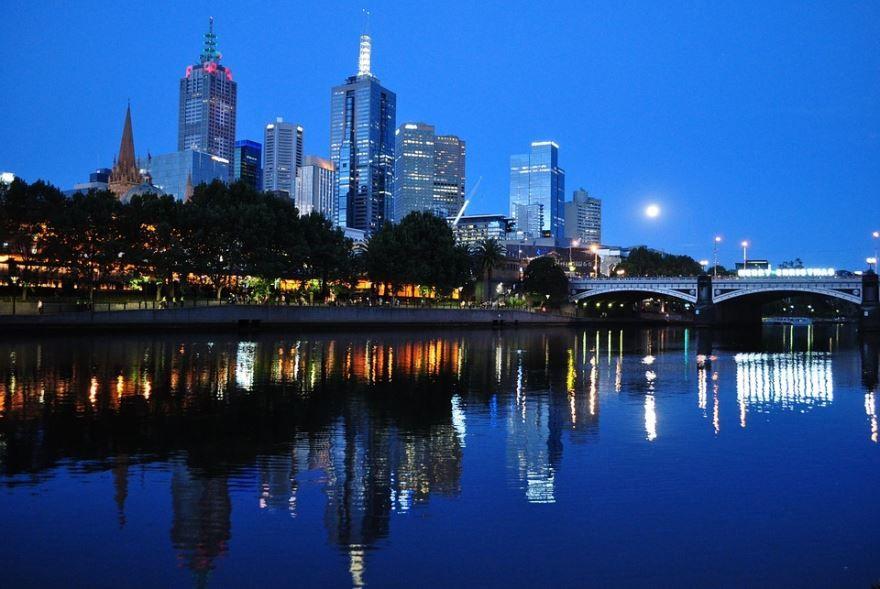 Ночное фото город Мельбурн