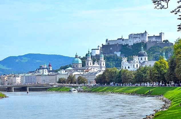 Красивое фото город Зальцбург