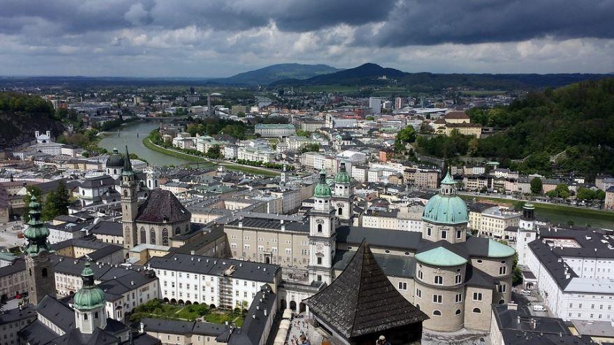 Скачать онлайн бесплатно лучшее фото город Зальцбург в хорошем качестве