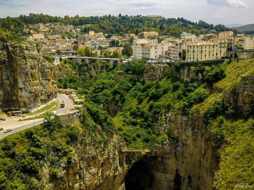 Панорама города Константина