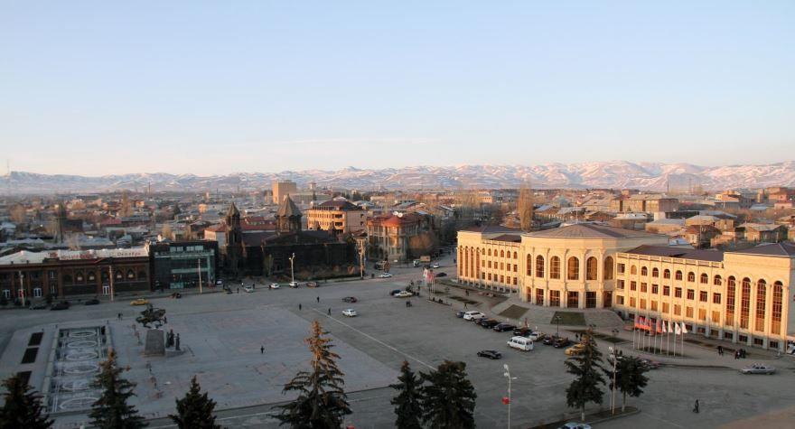 Вид на город Гюмри