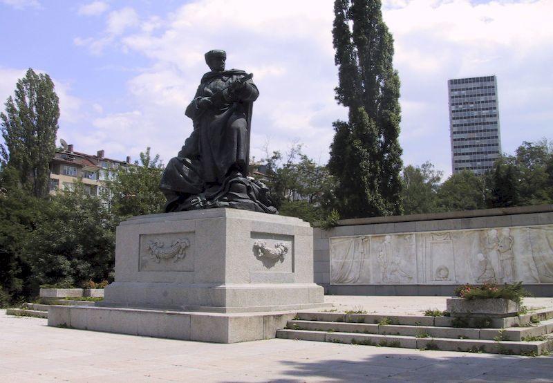 Памятник Советским Солдатам город Сливен Болгария