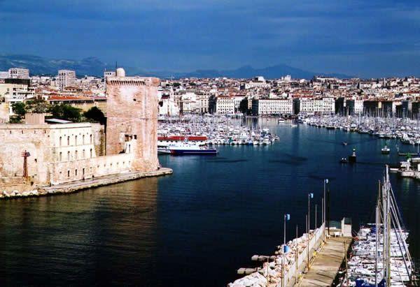 Смотреть красивое фото на город Марсель