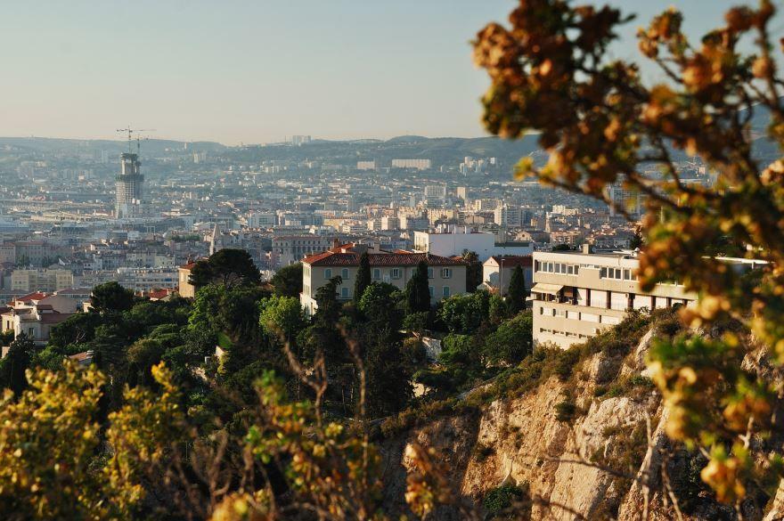 Вид на город Марсель 2019