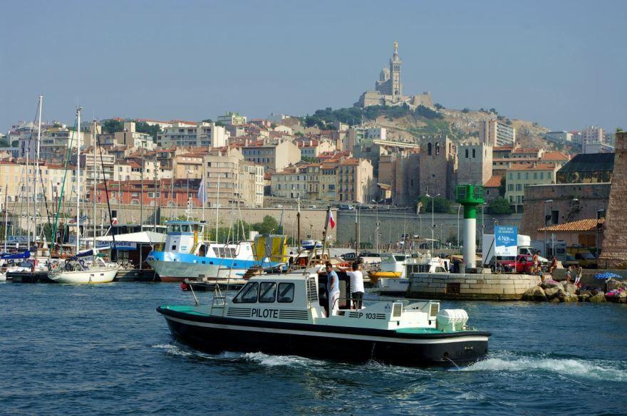 Порт город Марсель