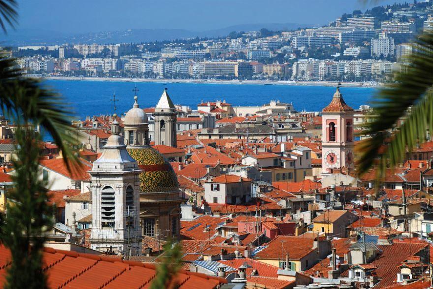 Смотреть красивое фото вид на город Ницца Франция