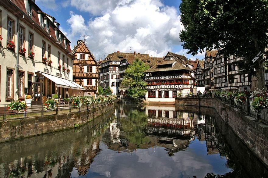Смотреть красивое фото город Стасбург Франция