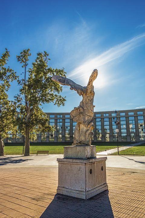 Скачать онлайн бесплатно лучшее фото города Монпелье в хорошем качестве