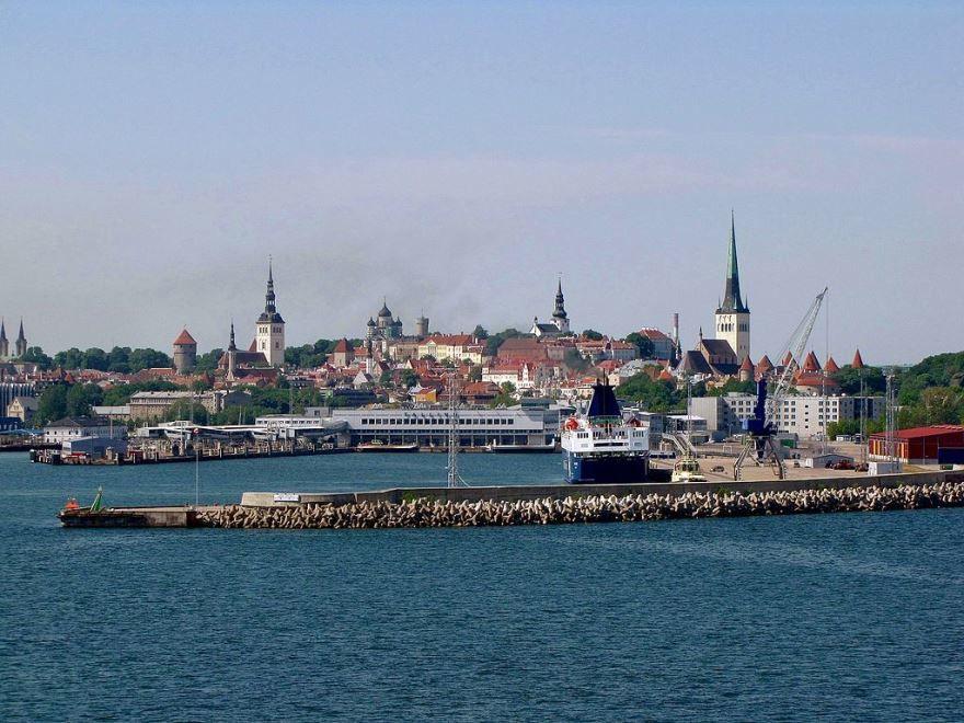 Скачать онлайн бесплатно лучшее фото города Таллин в хорошем качестве