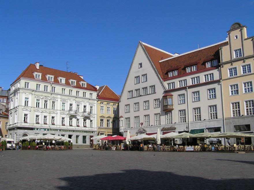 Смотреть красивое фото город Тарту